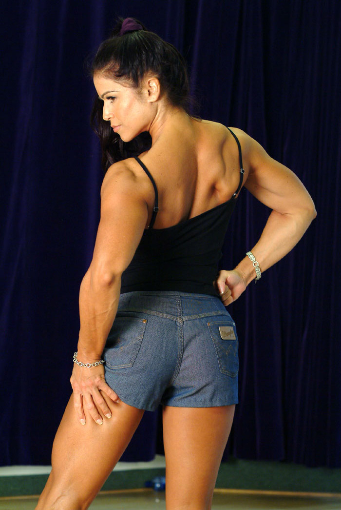 Tara Marie pose from back